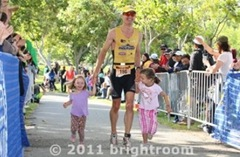 110731_ca_int_tri_troy_finish
