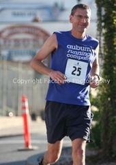 120422_auburnmarathon_jim_downtown