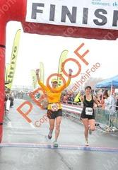 140302_napa_marathon_robin_finish